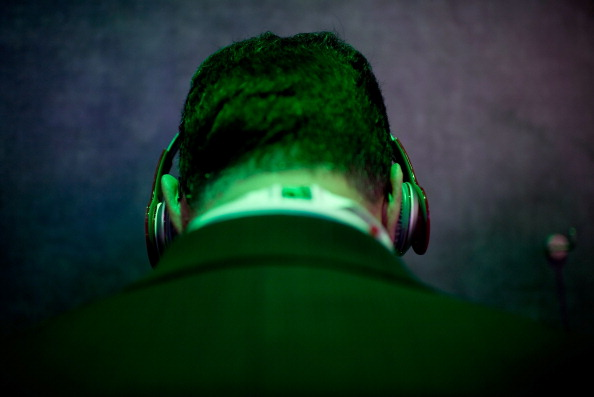 Downloading podcasts may leak your personal data and allow someone to track you