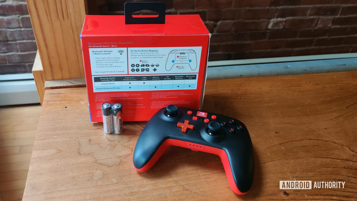 PowerA upgraded wireless controller for Nintendo Switchbox contents