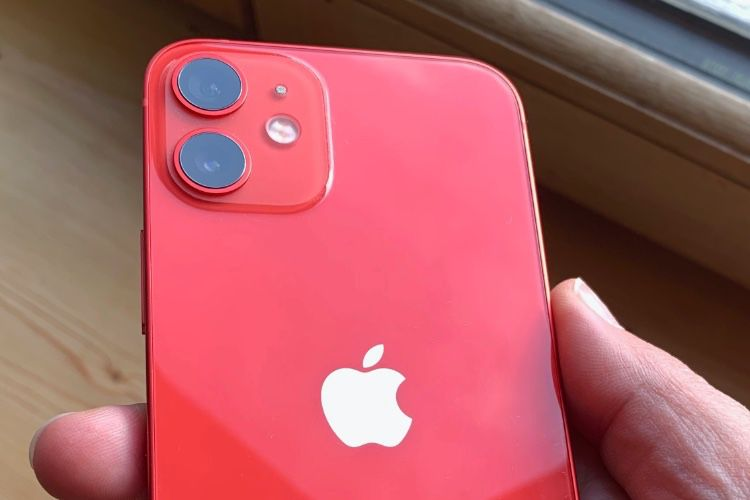 """IPhone 12 Costs $431 to Make, 26% More Expensive than iPhone 11"""""""