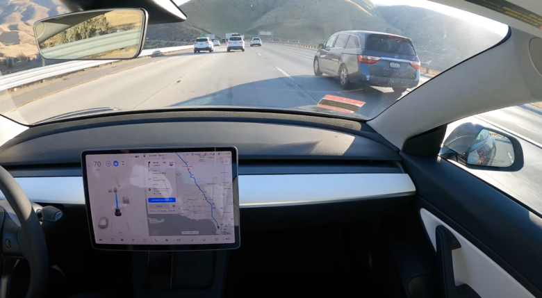 Model 3 builds San Francisco - Los Angeles almost fully automated pilot