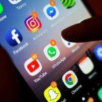 WhatsApp: A malicious application that spreads knowledge via messenger