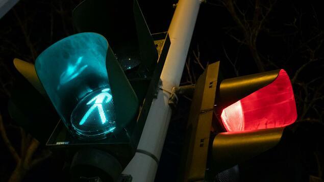 "Big word for small traffic lights: Senate plans a ""pedestrian light signal system"" - Berlin"
