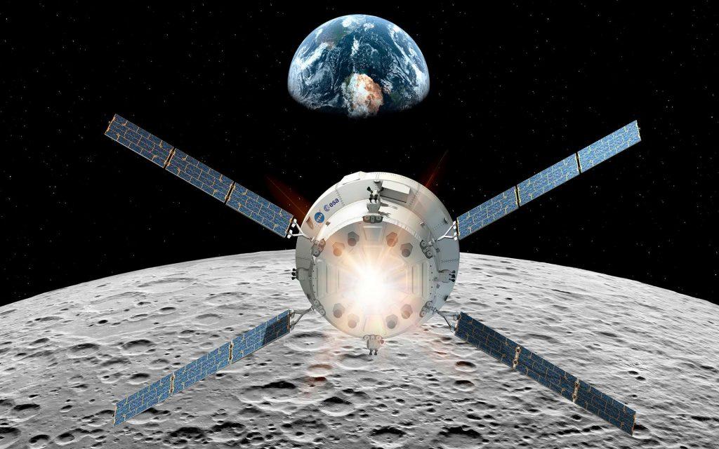 Le véhicule Orion de la Nasa et son module de service fourni par l'Agence spatiale européenne. Ce module a pour fonction de propulser la capsule Orion, d'assurer son contrôle thermique et de lui fournir la puissance électrique nécessaire à son bon fonctionnement, en plus de stocker les réserves d'eau, d'oxygène et d'azote. © ESA, D. Ducros