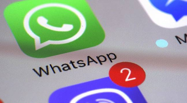 WhatsApp will ask you to login to your fingerprint web