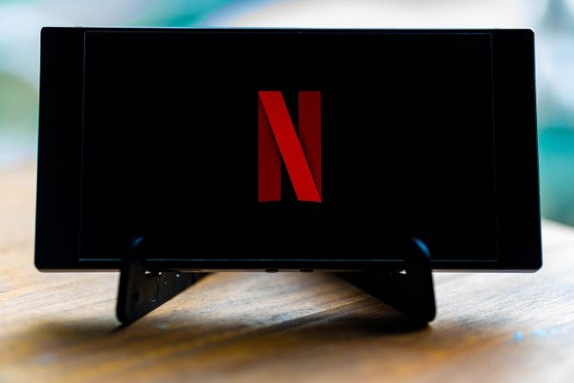 Now Netflix will download the content for you