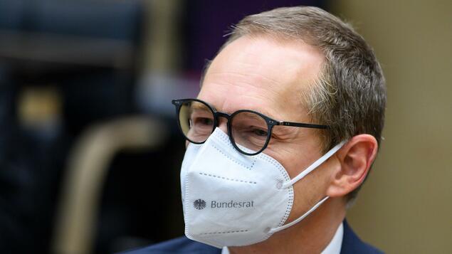 "AstraZeneca deniers ""missed the opportunity"": Berlin's ruling mayor wants to change vaccine line - Berlin"