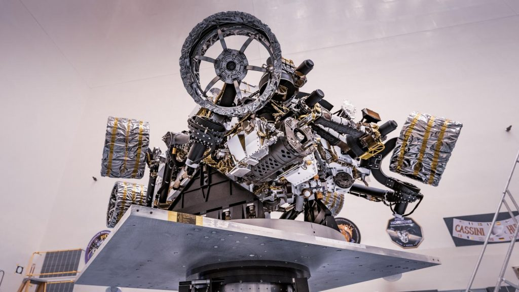 How the diligent rover lands on Mars