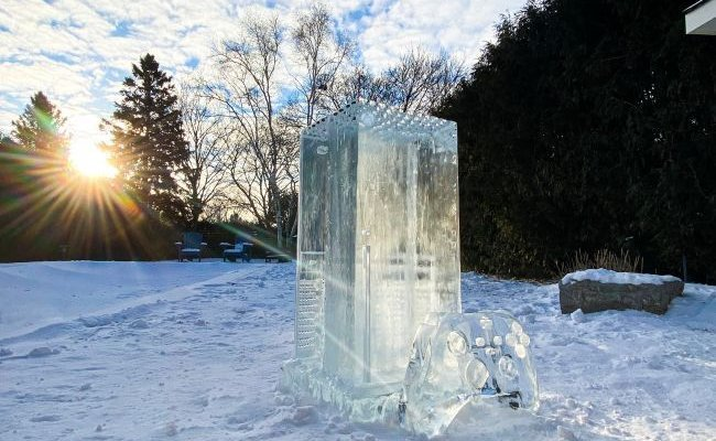 In Canada they have created an impressive ice console - Nerd4.life