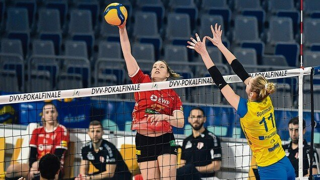 Volleyball Cup - No title for teams from Brandenburg: Final for SC Botstam - No chance in the game