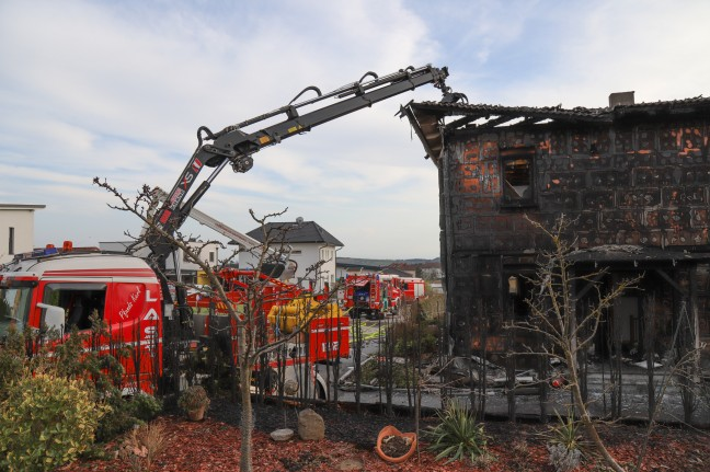 Nine firefighters were killed in a house fire in Precord