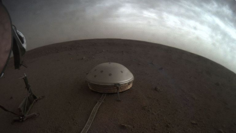 Mysterious rumble from Mars discovered by NASA lander science and technology news