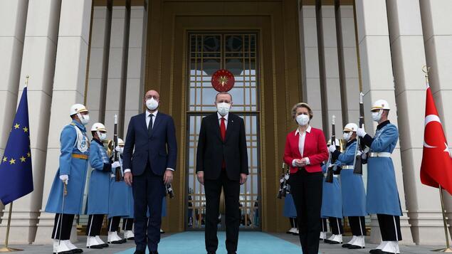 EU and Turkey: Face to face - politics