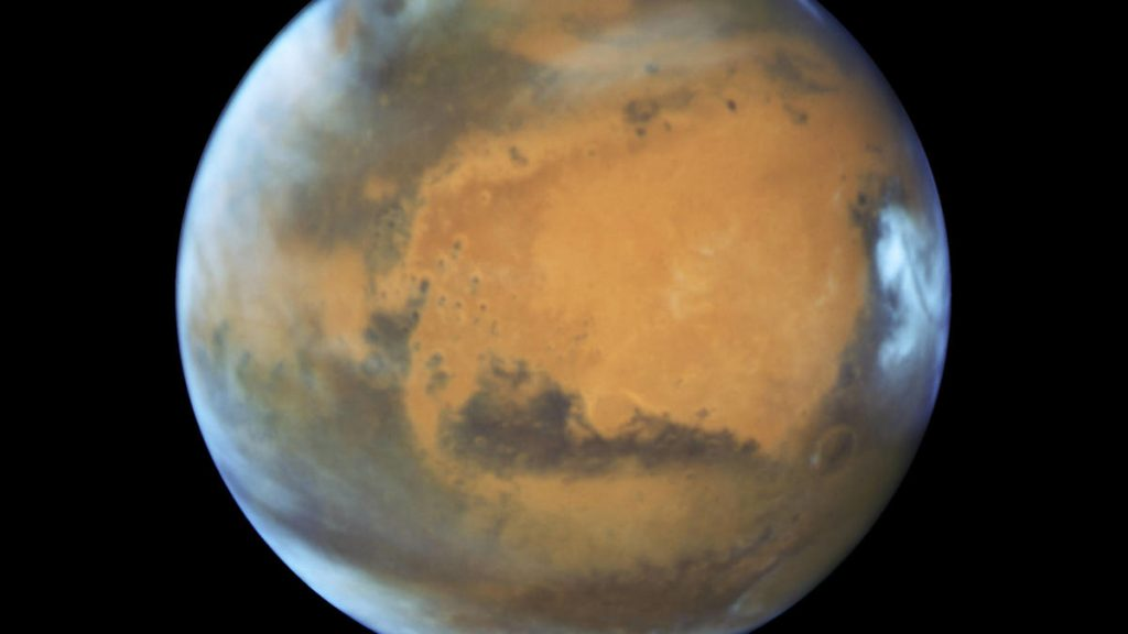 Life on Mars: We can create air on the red planet