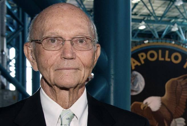 Michael Collins, one of the three Apollo 11 astronauts, dies: 90 - Corriere.it