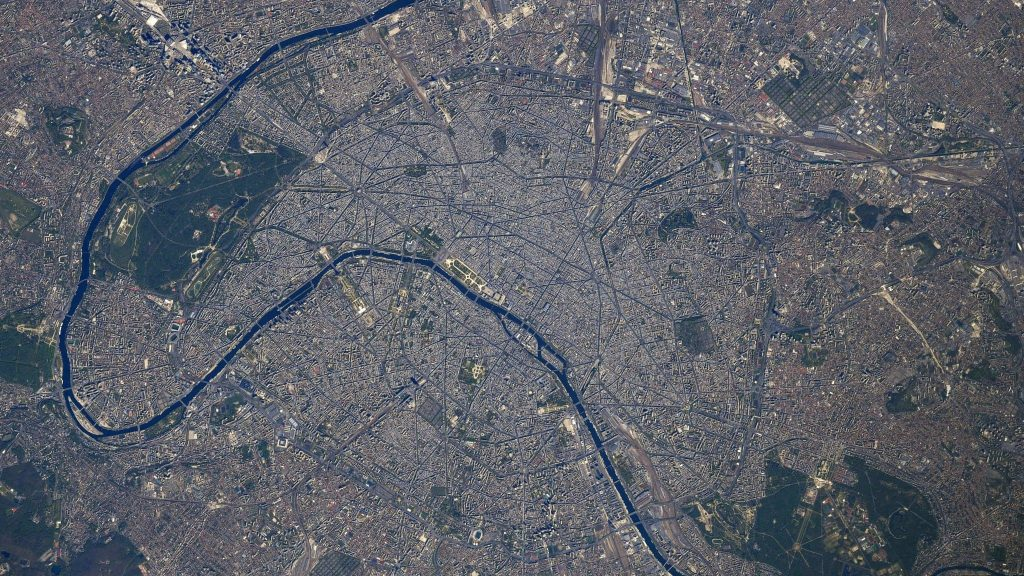 Thomas Baskett releases a photo of Paris from space