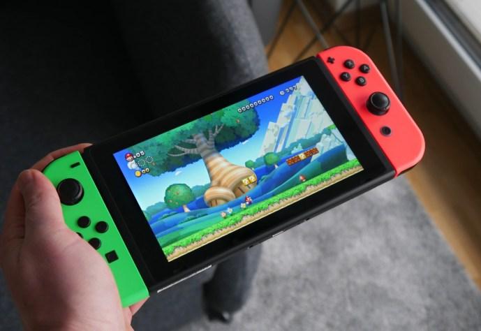 Nintendo Switch 2D Mario Guy