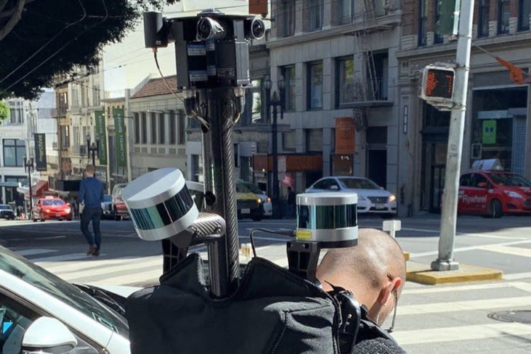 Projects: Apple Introduces Pedestrian Image Collection in France