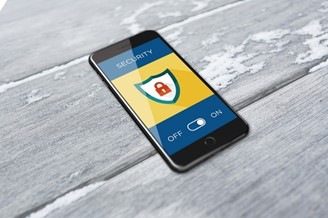 Antivirus on the phone? The application divides ideas.
