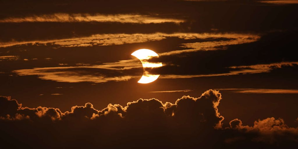 The upper part of the Northern Hemisphere is the spotlight in the solar eclipse
