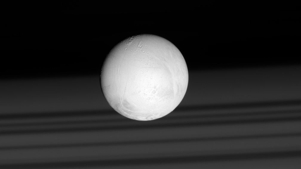 Is there life in Enceladus?