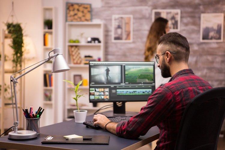 Best video editing applications for desktop or mobile comparison