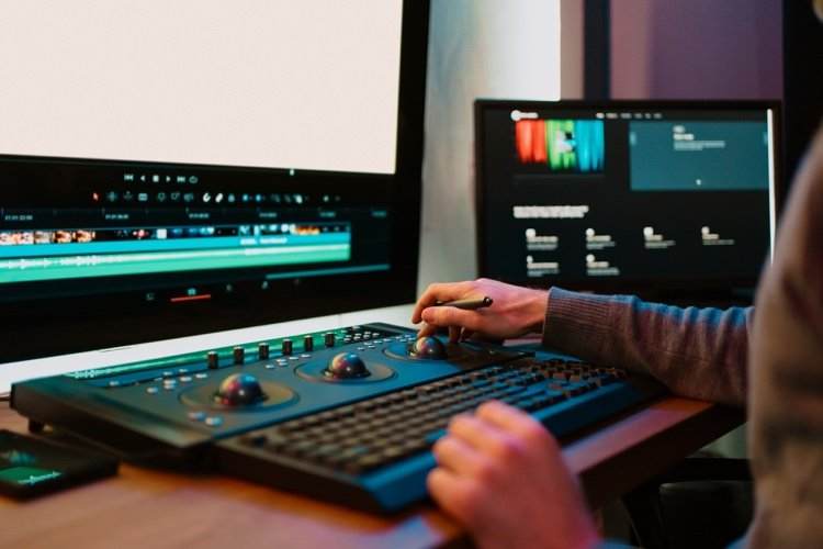 Simple and efficient video editing software