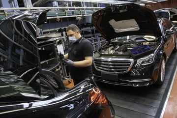 Auto boom: Daimler sells Mercedes significantly more than last year