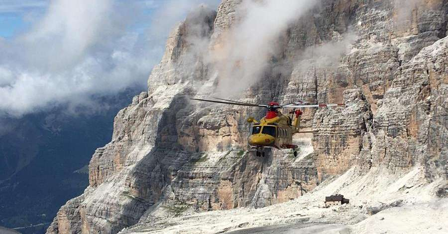 Prasanna: Attacked by rocks and snow: Two climbers rescued - Chronicle