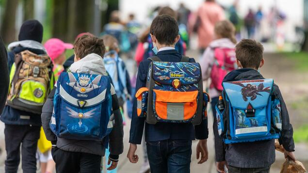 Tricky School Statistics: Berlin is the capital of teacher shortage - isn't it?  - Berlin