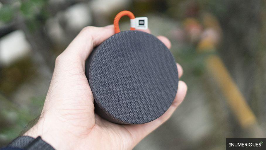 Xiaomi External Speaker Mini Review: Cheap Ultra-Portable Speaker for Good Reason