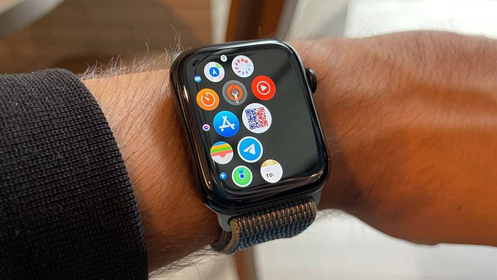 The TousAntiCovid app will show its health pass on the Apple Watch