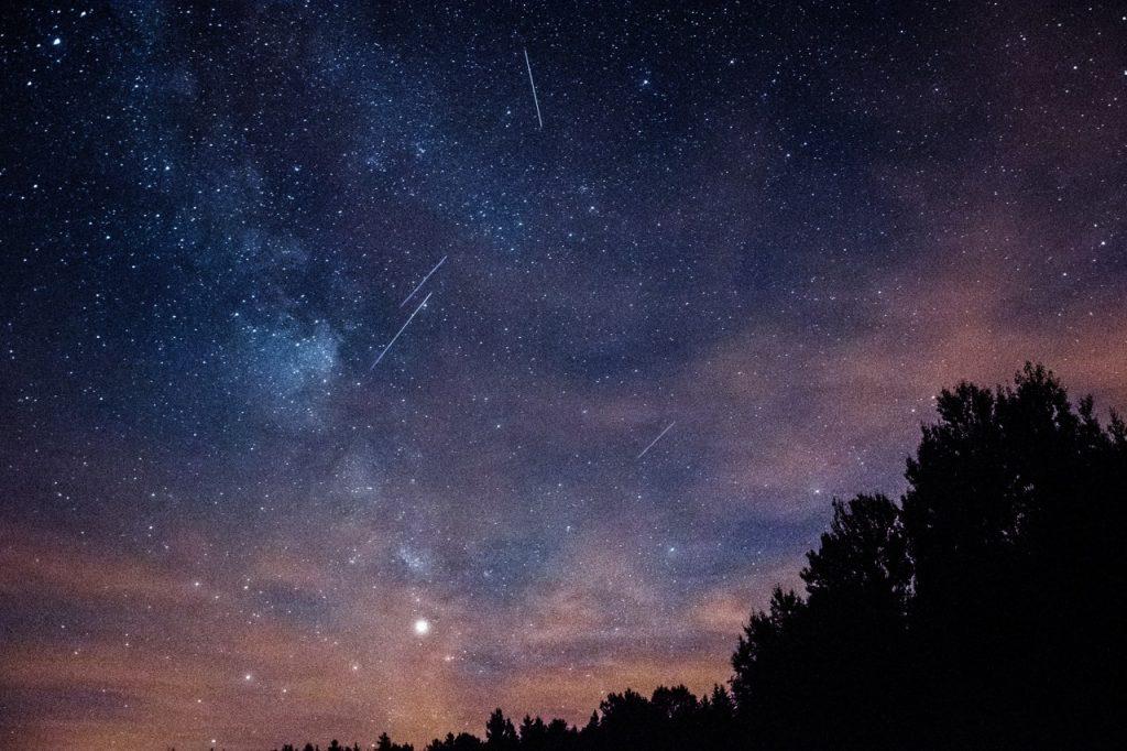 Le pic des étoiles filantes, c