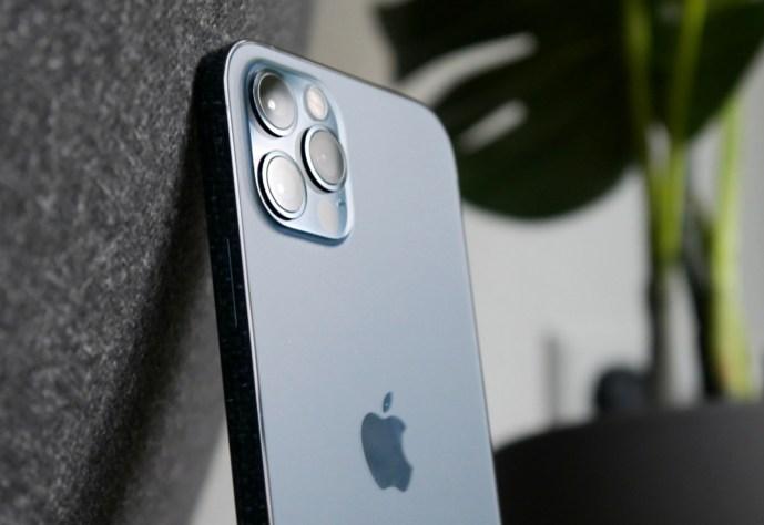Apple iPhone 12 Pro Title