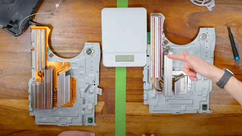 PS5 on the left of the first model and on the right of the new model