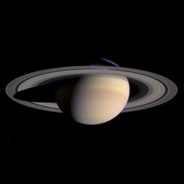 The view of Saturn, with its rings worshiping - Space & Astronomy