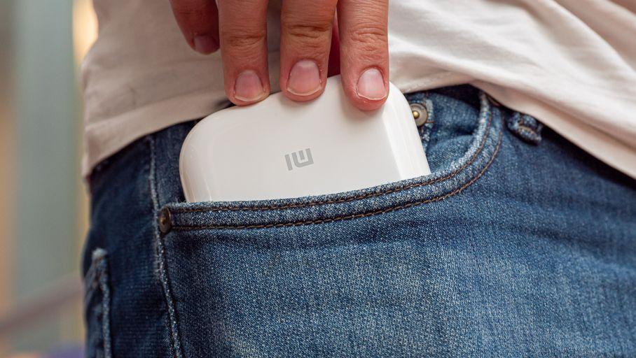 Xiaomi Mi Portable Photo Printer Attached Printer Test: Pocket Perfection and Performance