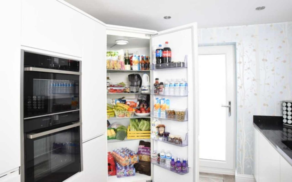 Do you know how to properly arrange the items in the refrigerator?  You need to pay attention to these details