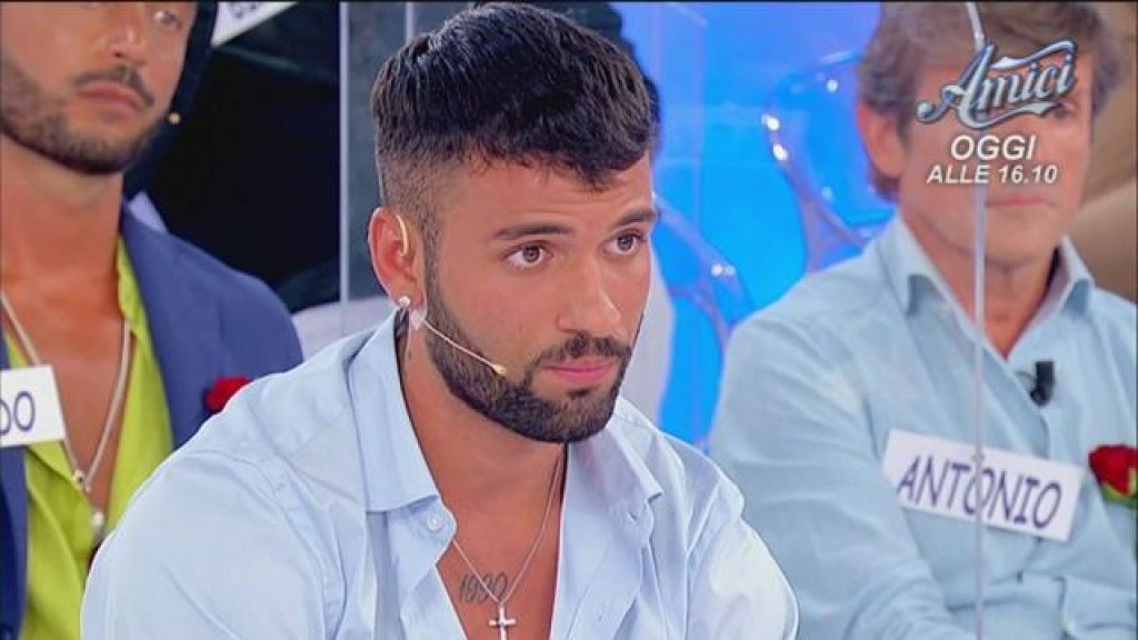 """Men and women, Tronista unloads Matteo Ilaria: """"I do not share with anyone"""""""