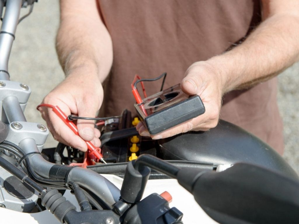 Motorcycle Battery: Tips for Proper Maintenance - Useful Information