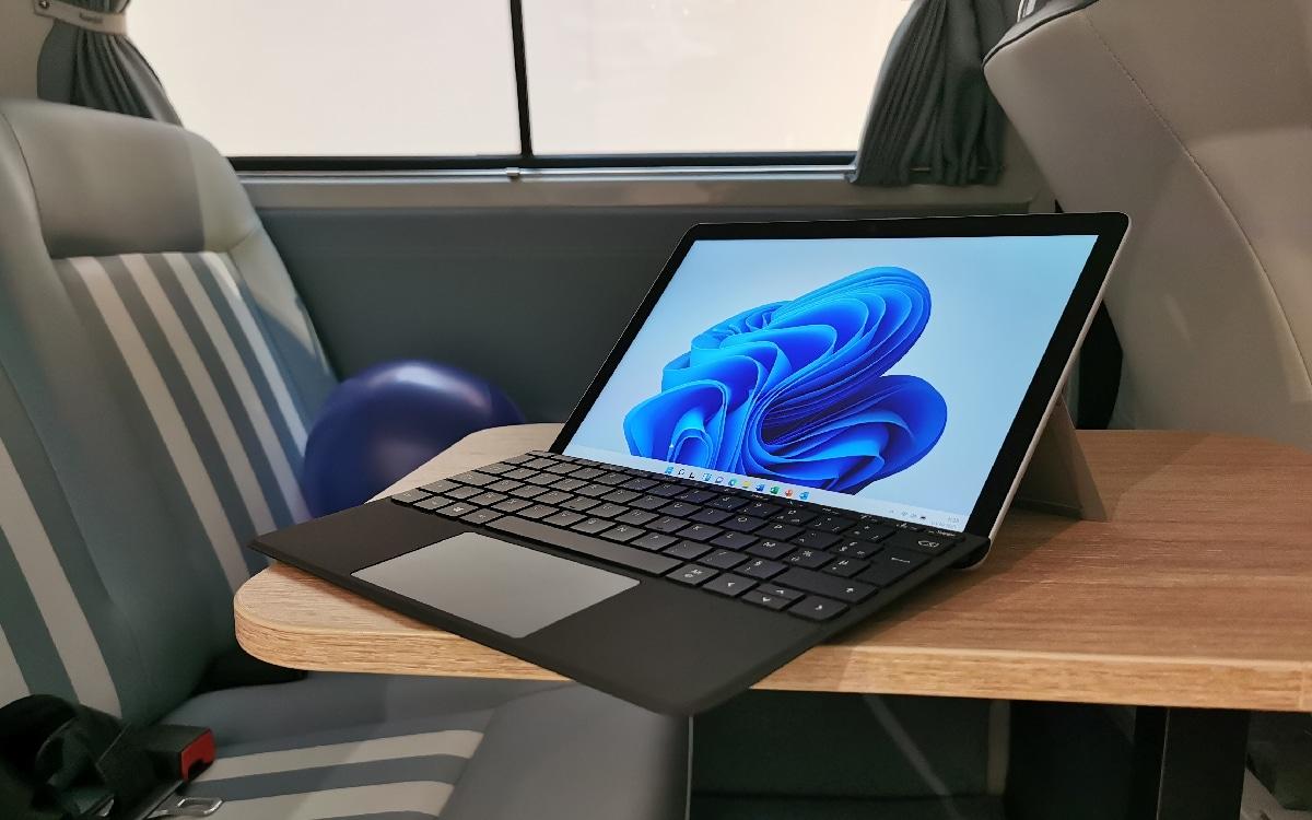 Surface Windows 11