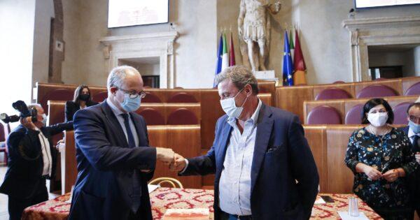 """Gualtieri drops Grillini and helps Calenda vote: """"No 5 stars in the pipeline"""""""